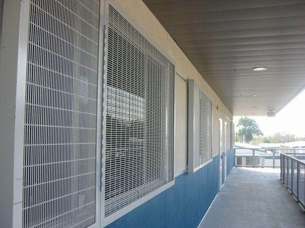 wirewall-window-guard